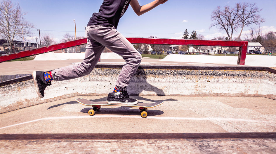 Skateboarder are always connect. Connect with us.